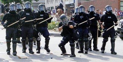 9-2-08 RNC riot cops
