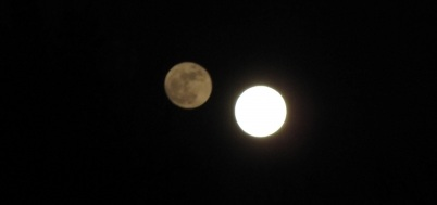 Double Moon and Double Sun: Are chemtrails to blame?